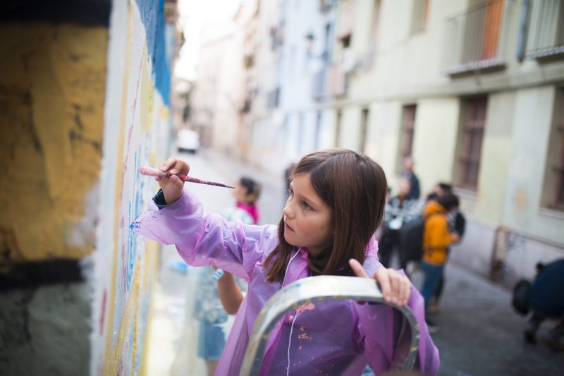 Foto: Estrella Jover)_La_Pandilla_y_mamá_gáfica_Intervención_Mural